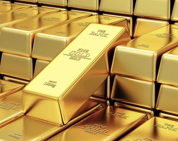 Συνεχίζει να ίπταται ο χρυσός, παραμένει σε υψηλό 9 ετών