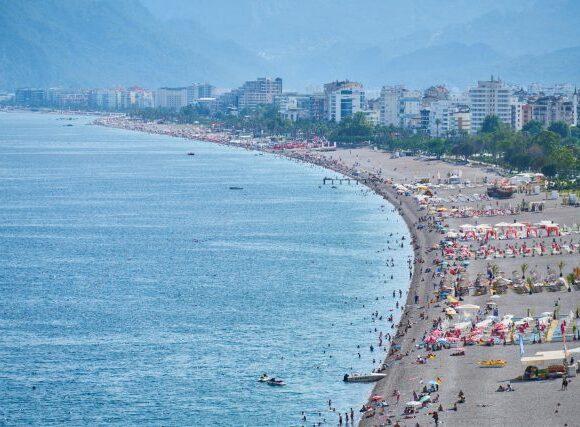 Τα ξενοδοχεία στην Τουρκία θα καλύπτουν τα έξοδα των Βρετανών τουριστών που θα νοσήσουν…