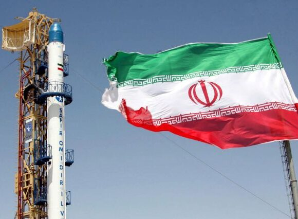 Το Ιράν εκτόξευσε βαλλιστικούς πυραύλους για πρώτη φορά από υπόγειο σημείο
