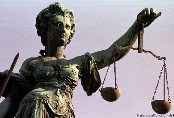 Το κράτος δικαίου προϋπόθεση για εκταμιεύσεις