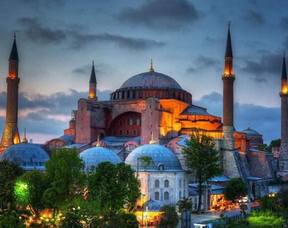 Τριμερής Ελλάδας – Τουρκίας – Γερμανίας στο Βερολίνο για την Αγία Σοφία
