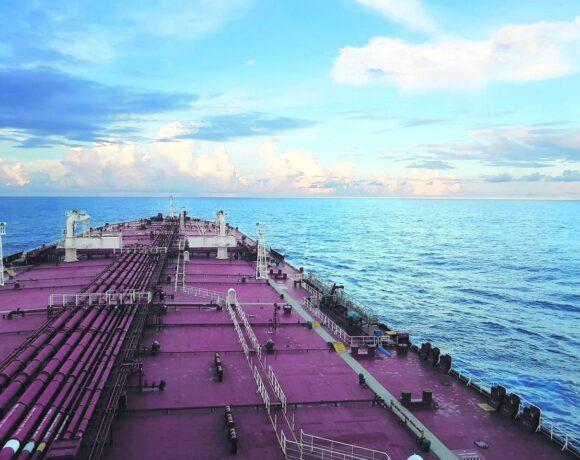 Όμιλος Τσάκου: Συντασσόμαστε στις προσπάθειες για την ανάδειξη του θέματος της αντικατάστασης των ναυτικών