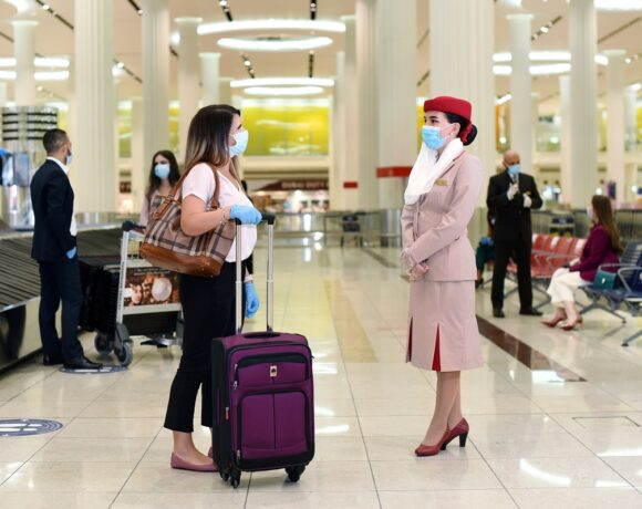 Emirates Covers COVID-19 Expenses of Customers Diagnosed During Travel