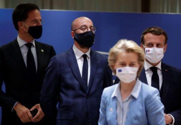 Financial Times : Παρά την ιστορική συμφωνία της ΕΕ, τα βαθιά ρήγματα επιβιώνουν