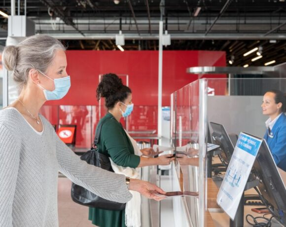 Air France and KLM Assist Passengers Needing Covid-19 Tests to Travel