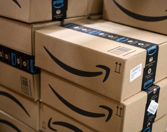 Amazon: Αύξηση των παραγγελιών τον Ιούλιο, στις 415 εκατ.