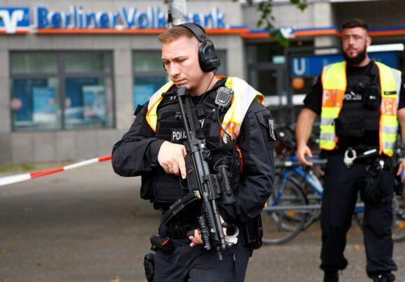 Βερολίνο : Άνδρας «με ισλαμιστικά κίνητρα» προκάλεσε σειρά τροχαίων ατυχημάτων