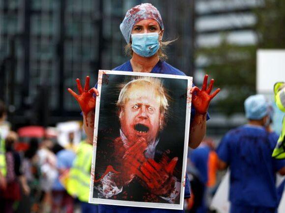 Βρετανία-κοροναϊός: Το 47% των Βρετανών είναι απογοητευμένο από τους χειρισμούς Τζόνσον