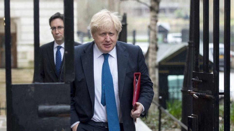 Βρετανία: Ο Τζόνσον σχεδιάζει lockdown στο Λονδίνο λόγω του δεύτερου κύματος