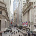Εκκωφαντική είσοδος της Wall Street στον Αύγουστο, νέο ιστορικό ρεκόρ ο Nasdaq
