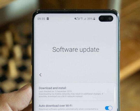 Η επίσημη λίστα των συσκευών Samsung που θα λάβουν τρεις αναβαθμίσεις λογισμικού