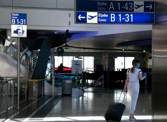 Η «υποβάθμιση» της Ελλάδας από την Κύπρο για τα ταξίδια φέρνει (κι άλλους) τριγμούς στον τουρισμό