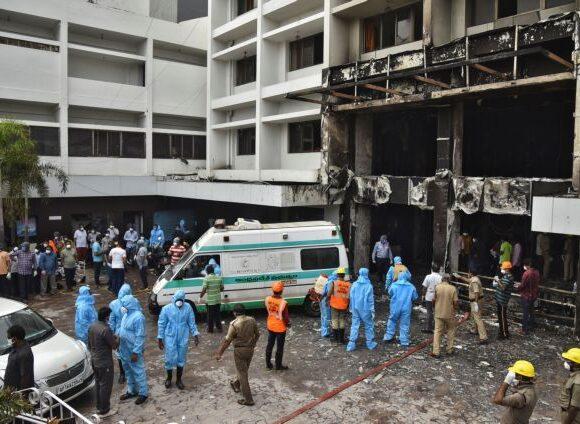 Ινδία – κοροναϊός: Επτά νεκροί σε πυρκαγιά σε ξενοδοχείο φιλοξενίας ασθενών με Covid-19