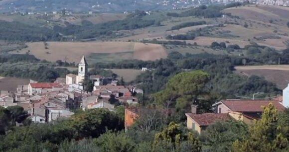 Ιταλία: Ποια περιοχή προσφέρει δωρεάν διακοπές στους επισκέπτες;