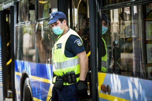 Κορωνοϊός: Συνεχίζονται οι έλεγχοι σε όλη τη χώρα, 523 παραβάσεις χθες