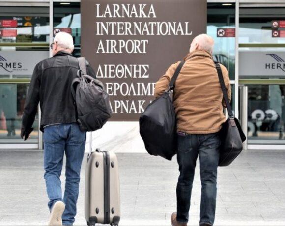 Κύπρος: «Ταξιδιωτική υποβάθμιση» της Ελλάδας μετά την αύξηση των κρουσμάτων