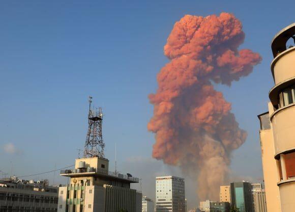 Λίβανος: Ισχυρή έκρηξη στο λιμάνι της Βηρυτού, τουλάχιστον 10 νεκροί εκατοντάδες οι τραυματίες (upd))