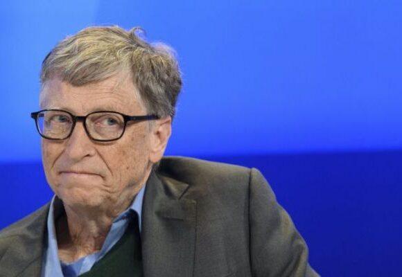 Ο Bill Gates προβλέπει πως ο κοροναϊός θα τελειώσει μέχρι τα τέλη του 2021