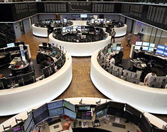 Σε ευφορία οι Ευρωπαίοι επενδυτές, ράλι τα χρηματιστήρια