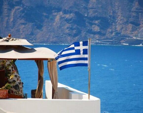 Τουρισμός: Mόλις 678 εκατ. τα τουριστικά έσοδα το εξάμηνο από 5,4 δισ