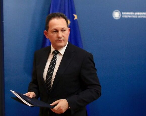 Greece Still Resilient to Covid-19, says Gov't Spokesman