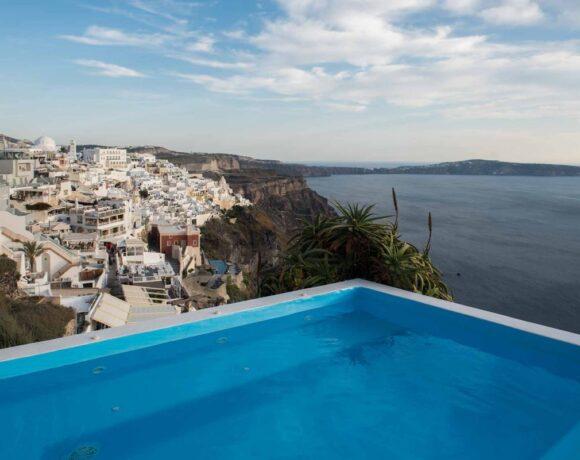 Kastro Suites Assures Safe Holidays on Santorini