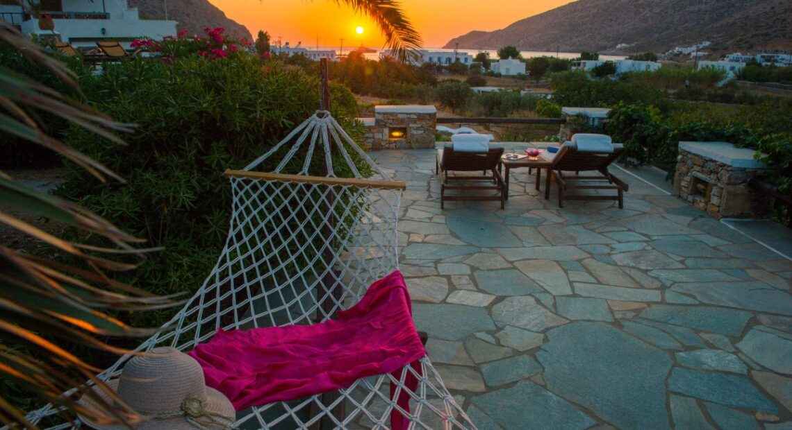 'Sifnaika Konakia' Traditional Residences on Sifnos Welcome Visitors