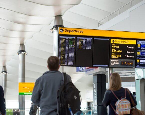 UK Keeps Greece on 'Safe List' for Travel