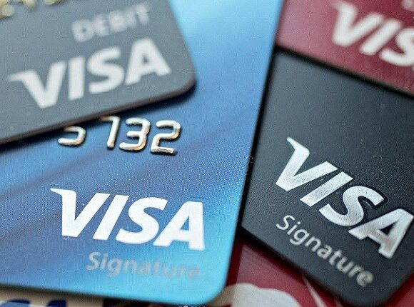 Visa: Το 67% των ΜμΕ και το 78% των καταναλωτών άλλαξε συνήθειες λόγω Covid-19