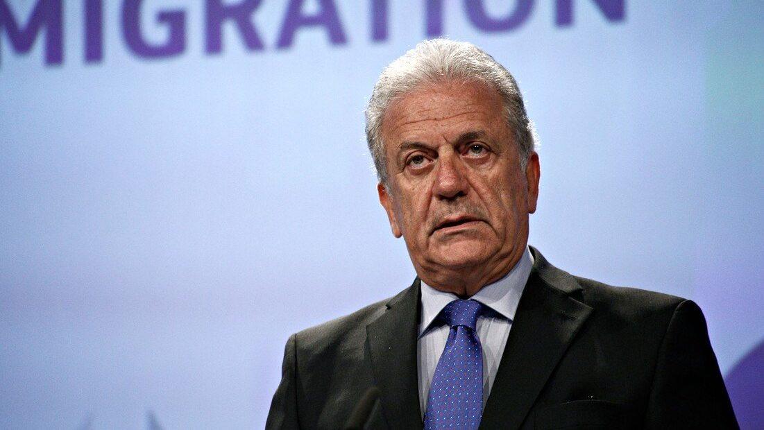 Αβραμόπουλος στο BBC: Η καταστροφή της Μόριας έφερε ξανά στην επιφάνεια το ζήτημα της μετανάστευσης