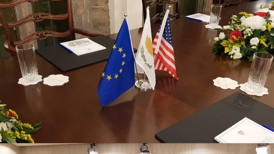 Ακιντζί: Έξαλλος που δεν συναντήθηκε με τον υπουργό Εξωτερικών των ΗΠΑ