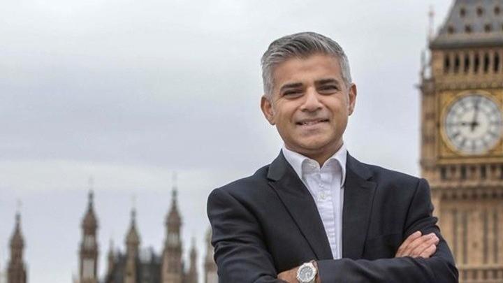 Βρετανία: Μέτρα για την αναχαίτηση της ραγδαίας ανόδου των κρουσμάτων κορωνοϊού προτείνει ο δήμαρχος του Λονδίνου