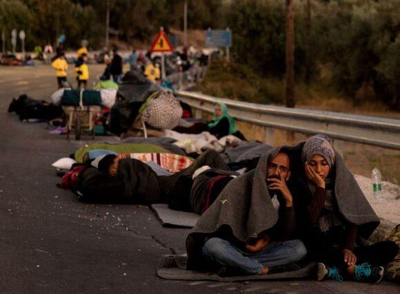 Επικρίνουν οι ευρωβουλευτές το νέο Σύμφωνο Μετανάστευσης