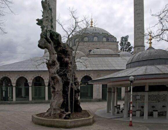 Ετσι σέβονται τα ιστορικά μνημεία οι Τούρκοι – Αναστηλώσεις που τα κάνουν… αγνώριστα