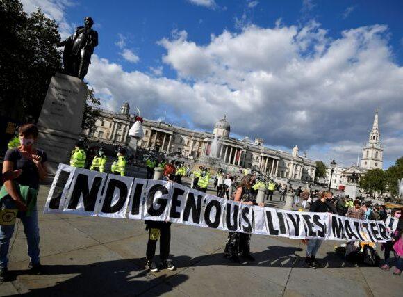 Η διανομή βρετανικών εφημερίδων διαταράχθηκε λόγω δράσης ακτιβιστών της Extinction Rebellion