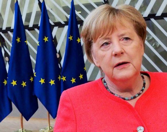 Η Μέρκελ θα αποφασίσει μέχρι μεθαύριο, αν η Γερμανία δεχθεί κι άλλους μετανάστες από τη Μόρια