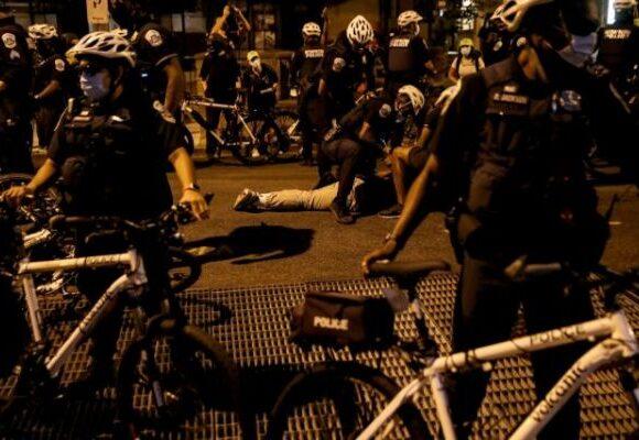 ΗΠΑ : Σχεδιασμοί ακόμη και για χρήση πολεμικού εξοπλισμού κατά διαδηλωτών από την αστυνομία
