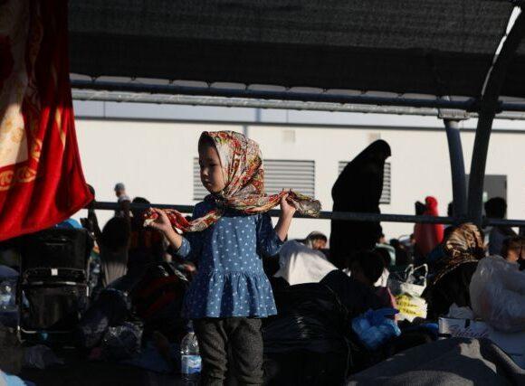 Κάλεσμα προσωπικοτήτων από όλη την Ευρώπη για μεταφορά των πληγέντων της Μόριας