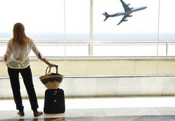 Κατάρρευση κατά 94% του τζίρου των τουριστικών γραφείων