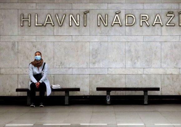 Κοροναϊός : Ρεκόρ νέων κρουσμάτων σε Ουγγαρία, Σλοβακία και Τσεχία
