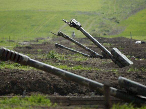 Μαίνονται οι μάχες στο Ναγκόρνο Καραμπάχ – Φόβοι για γενικευμένη ανάφλεξη