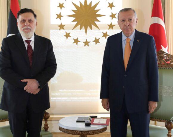 Ο Ερντογάν ανανέωσε την υποστήριξή του στην κυβέρνηση Σάρατζ