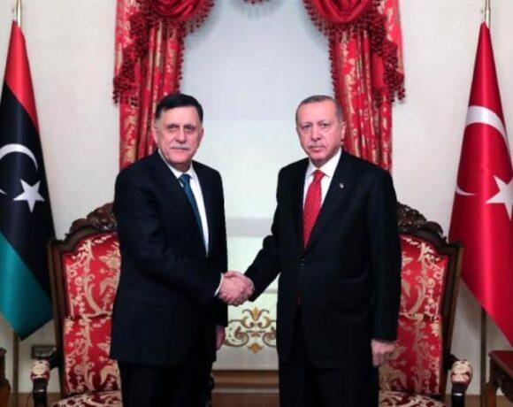 Ο Ερντογάν δέχθηκε τον Σάρατζ στην Κωνσταντινούπολη