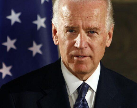 Ο Τζο Μπάιντεν υπόσχεται να τερματίσει τον εμπορικό πόλεμο, εάν κερδίσει τις εκλογές