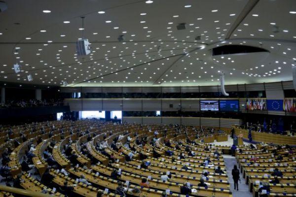Ούρσουλα φον ντερ Λάιεν : «Οι ομοφοβικές πολιτικές δεν έχουν θέση στην ΕΕ»