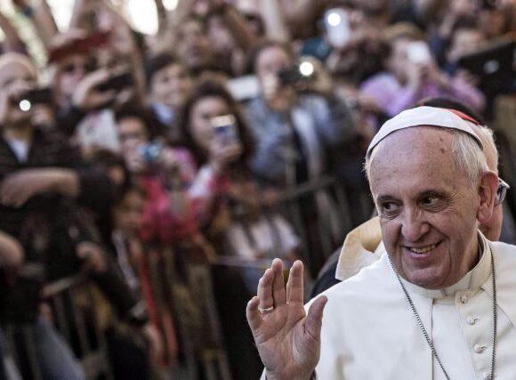 Πάπας Φραγκίσκος σε γονείς ΛΟΑΤΚΙ παιδιών: Ο Θεός αγαπά τα παιδιά σας όπως είναι