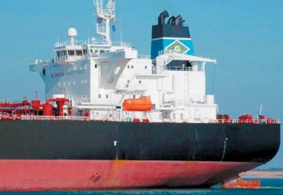 Πτώση στις ναυλαγορές δεξαμενόπλοιων και φορτηγών – Πού κινούνται οι τιμές