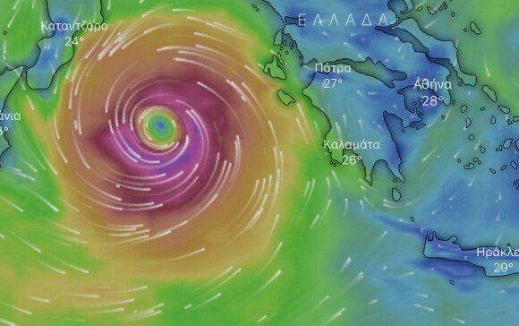 Σε ανοιχτή γραμμή με τέσσερις περιφέρειες το υπουργείο Εσωτερικών ενόψει του κυκλώνα «Ιανός»
