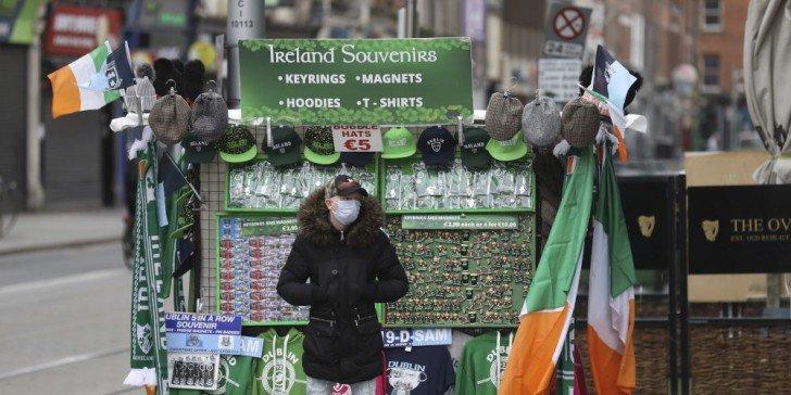 Σε απομόνωση η ιρλανδική κυβέρνηση μετά από κρούσμα σε υπουργό