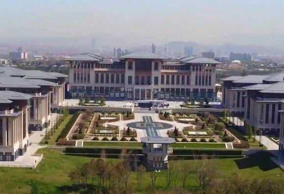 Στα άδυτα του «Λευκού Παλατιού»: Ασύλληπτης πολυτέλειας το παλάτι του Ερντογάν